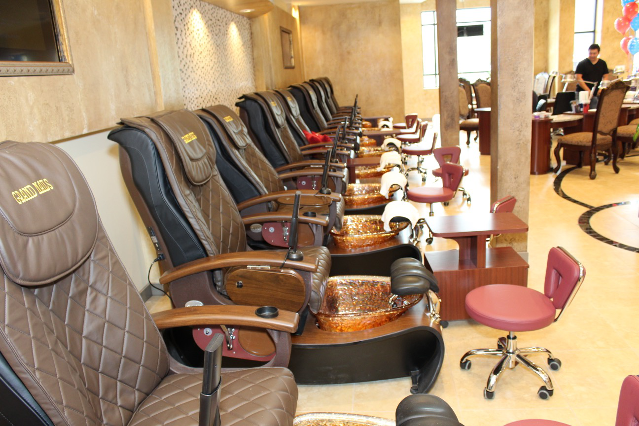 Grand Nails Salon Manicure and Pedicure
