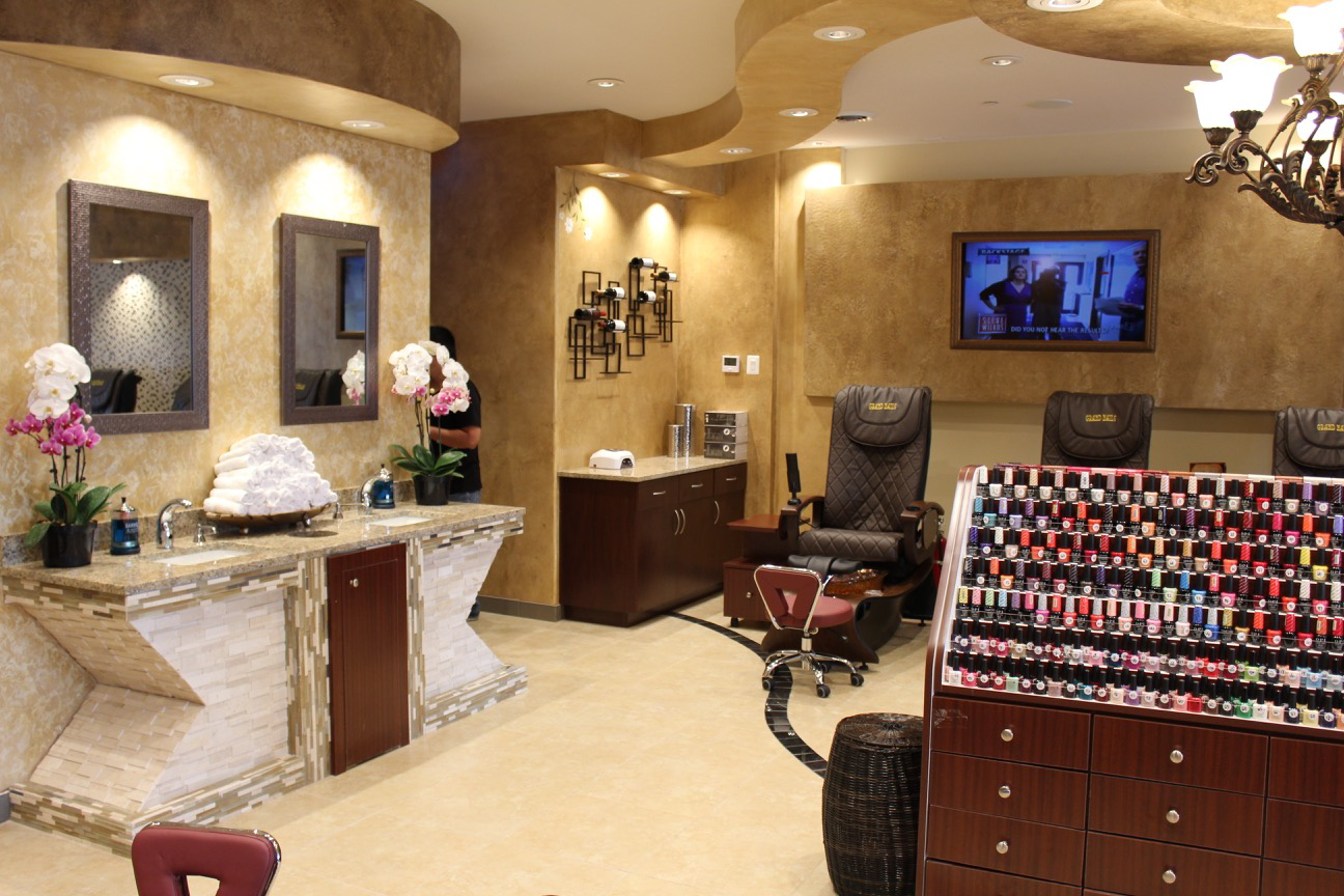 Best Nails Salon Chicago Has to Offer | Grand Nails